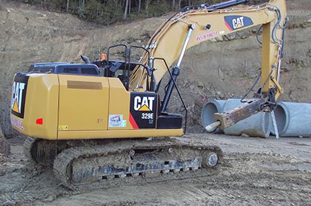 Retroexcavadora CAT 329